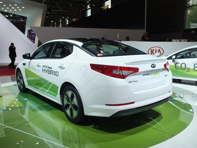 S1-En-direct-du-Mondial-2012-Kia-Optima-hybride-au-meme-prix-que-la-diesel-274825