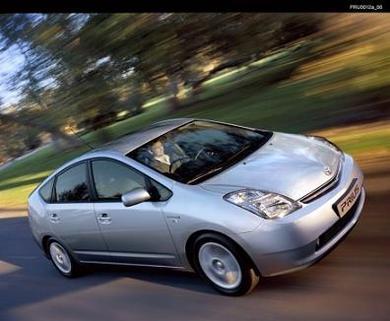 Toyota vise le million d'hybrides à l'année