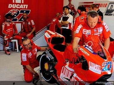 Moto GP - Ducati: Stoner forfait pour trois Grands Prix