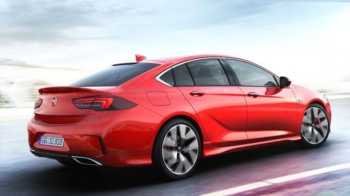 Opel Insignia Grand Sport GSi: 260 ch, en attendant l'OPC