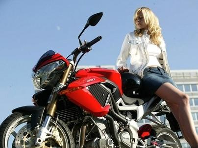Moto & Sexy : Benelli Tornado Naked Tre 1130