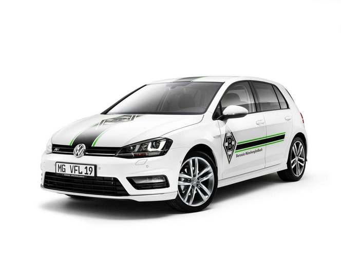 Volkswagen dévoile une Golf pour les fans de foot
