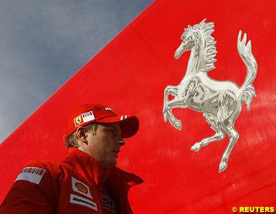 Formule 1 - Ferrari: Kimi sera le premier à rouler la F2008