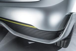 Même concept sur les côtés et l'arrière : aérodynamisme et qualité du refroidissement priment.