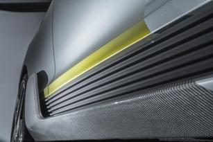 Les déflecteurs de chaque côté aident au bon refroidissement.
