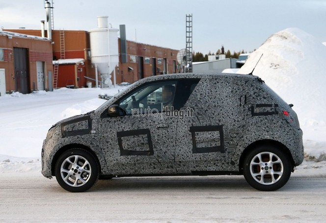 Surprise : la future Renault Twingo prend l'air (frais)