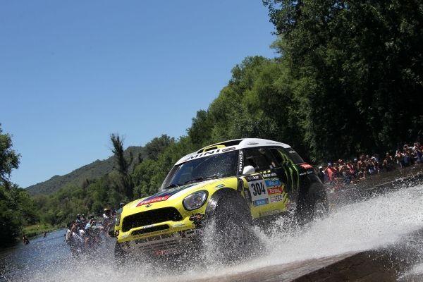 Dakar 2014 - ES5 : Nani Roma reprend la tête et creuse l'écart