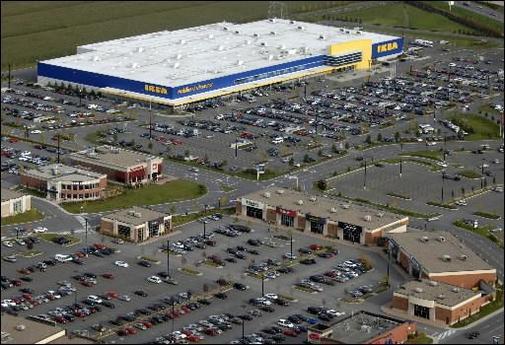 IKEA : les véhicules écolos ont toujours leurs places !