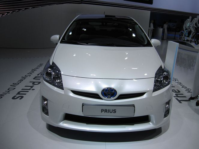 toyota prius iii 2009. Black Bedroom Furniture Sets. Home Design Ideas