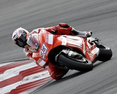 Moto GP - Test Sepang D.2 Ducati: Une crampe et des grimaces