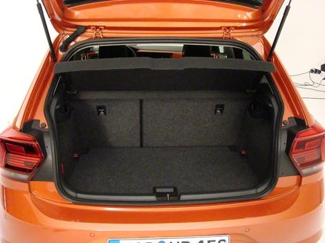 Le volume de coffre de 351 litres est presque record, mais l'option Beats Audio en mange 30 litres comme ici.