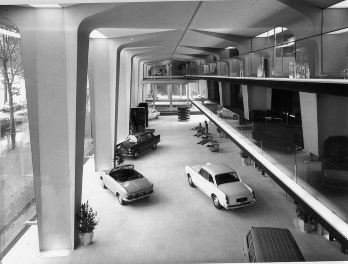 1966 - Le hall du 75 avenue de la Grande Armée à Paris