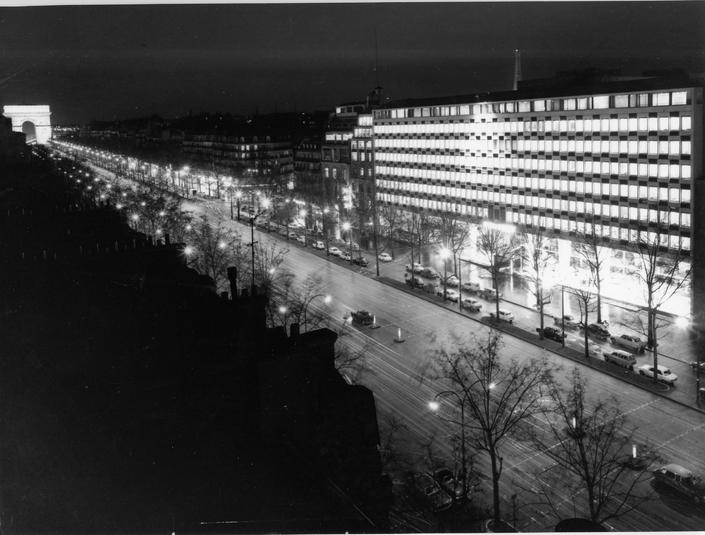 1967 - Le siège de Peugeot, 75 avenue de la Grande Armée à Paris
