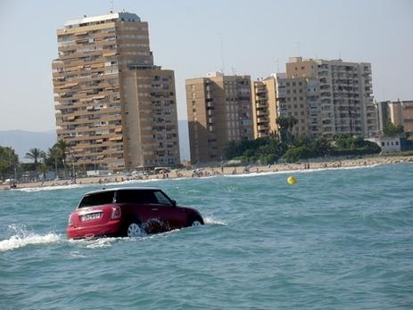 BMW : la Mini surfe sur la vague commerciale !