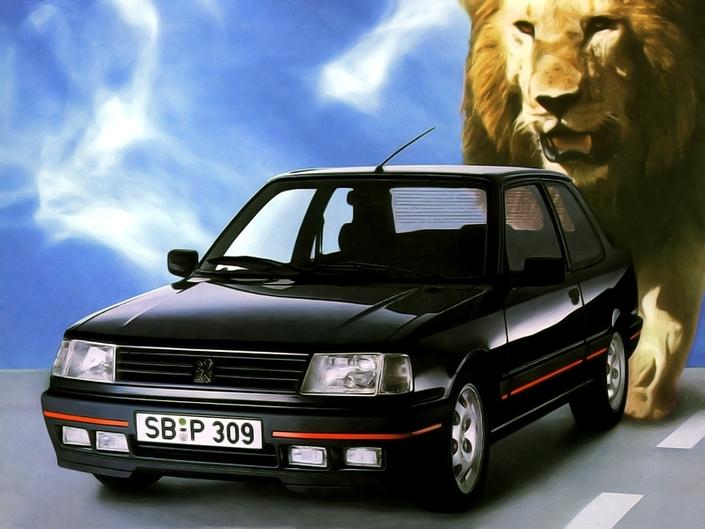 I fari sono tutti bianchi per una Peugeot 309 GTI francese del 1987. E per una buona ragione, sono immatricolati in Germania!