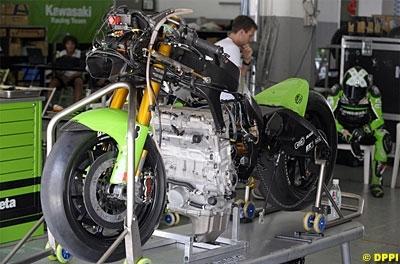 Moto GP - Test Sepang Kawasaki: Ils ont essayé un nouveau moteur