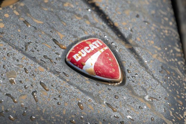 Nouveauté - Ducati: le 12octobre une moto arrive dans la gamme!