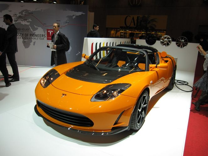 tesla roadster sport 2 5 2010. Black Bedroom Furniture Sets. Home Design Ideas