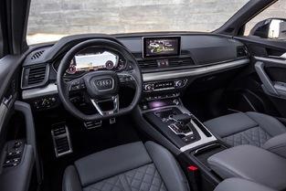 Chez Audi, les écrans ne sont plus escamotables. Dommage.