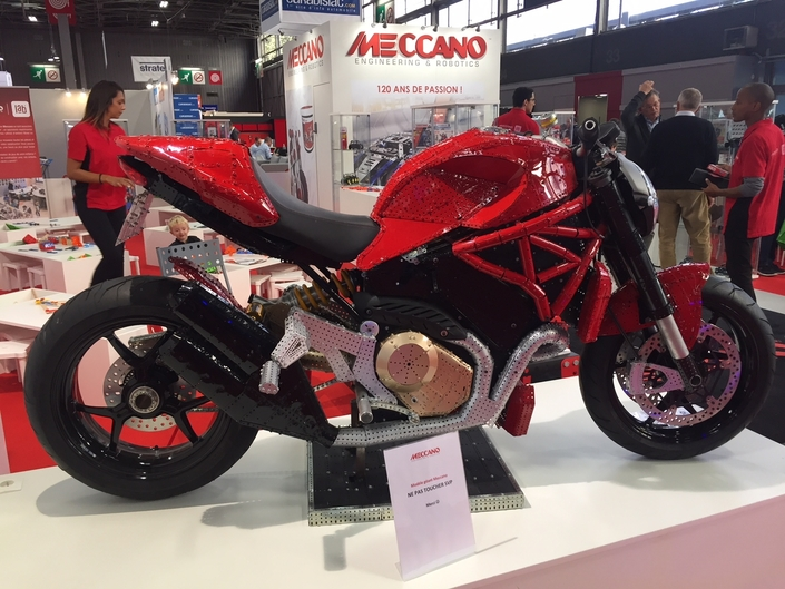 Ducati Meccano : insolite - en direct du Mondial de la Moto