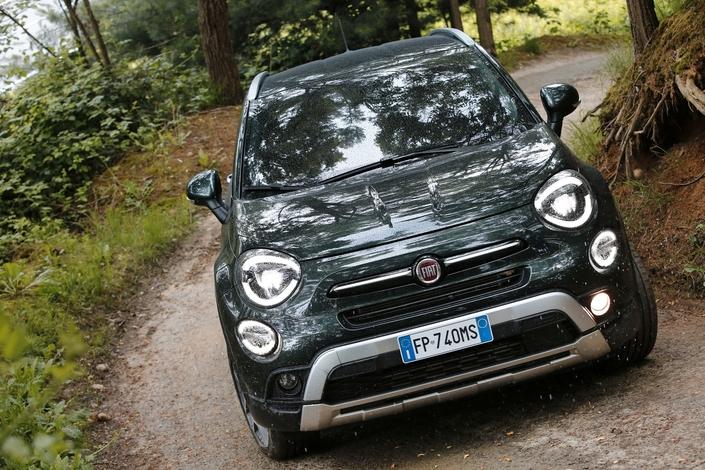 Nouveaux moteurs essence, petites retouches esthétiques et équipements de sécurité améliorés pour la Fiat 500X tout juste restylée