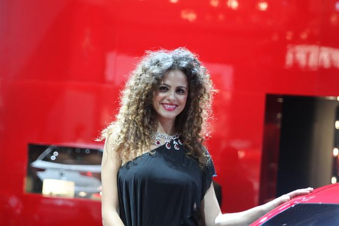 Les plus belles hôtesses du Mondial de l'Auto 2010