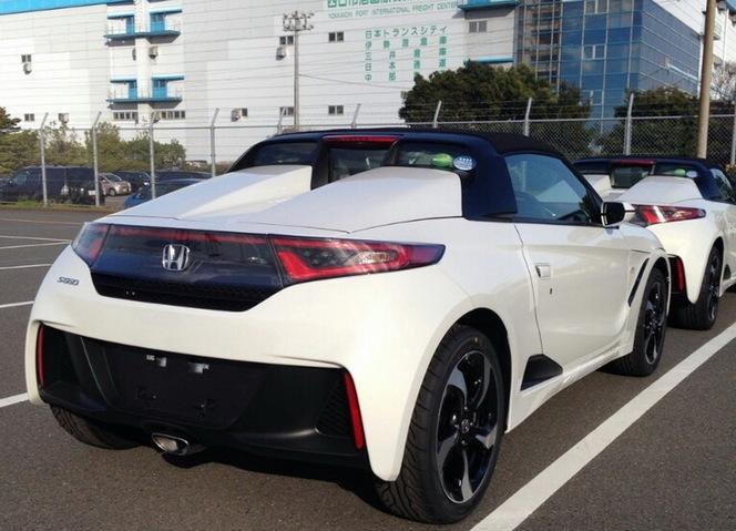 Surprise : le futur petit roadster  Honda S660 nu