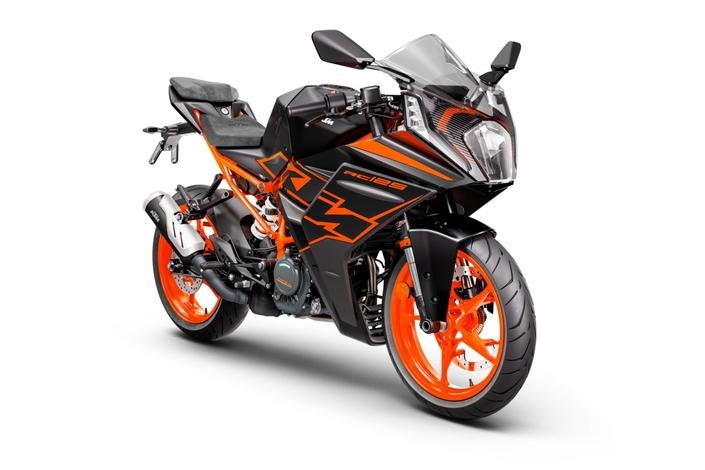 La KTM RC 125 2022.