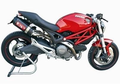 HP Corse offre une voix grave à la Ducati 1100 Monster.