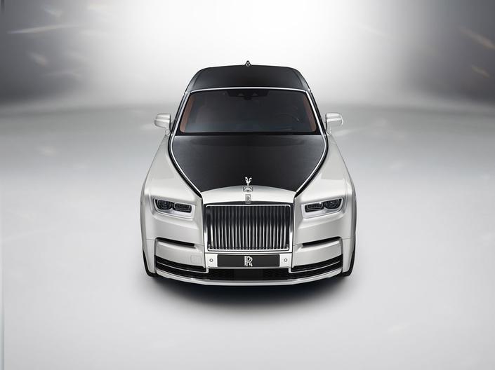 Salon de Francfort 2017 – Nouvelle Rolls Royce Phantom: royale