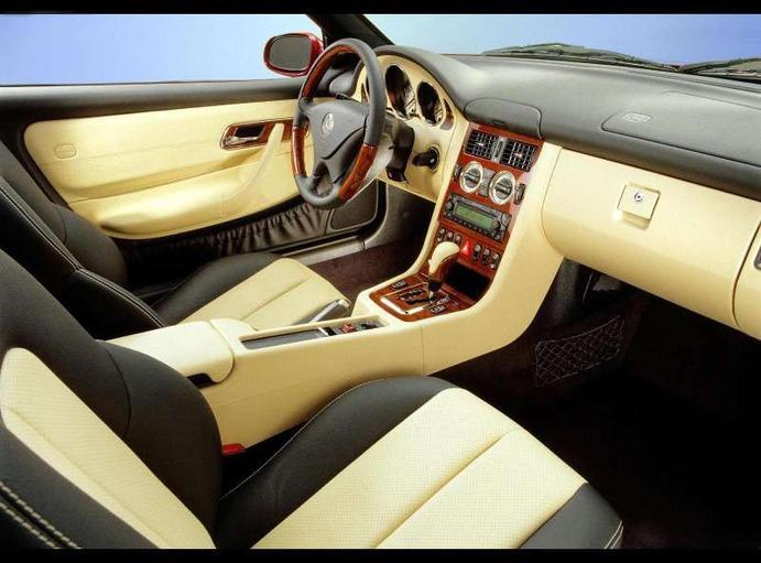 Mercedes SLK MK1 : le transformiste