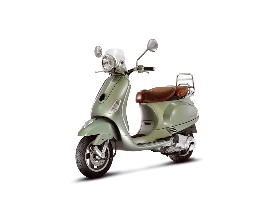 nouveaut scooter 125 cm3 vespa lxv ie s rie vintage. Black Bedroom Furniture Sets. Home Design Ideas