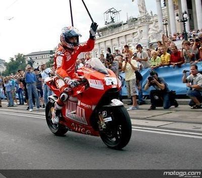 Moto GP - Ducati: Un pont d'or pour Lorenzo