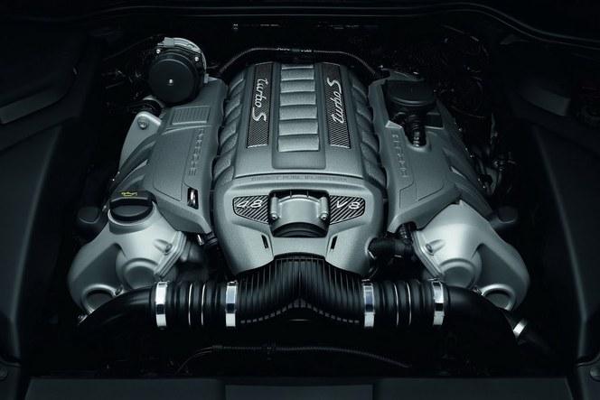 Porsche Cayenne Turbo: un S qui rapporte 50 ch