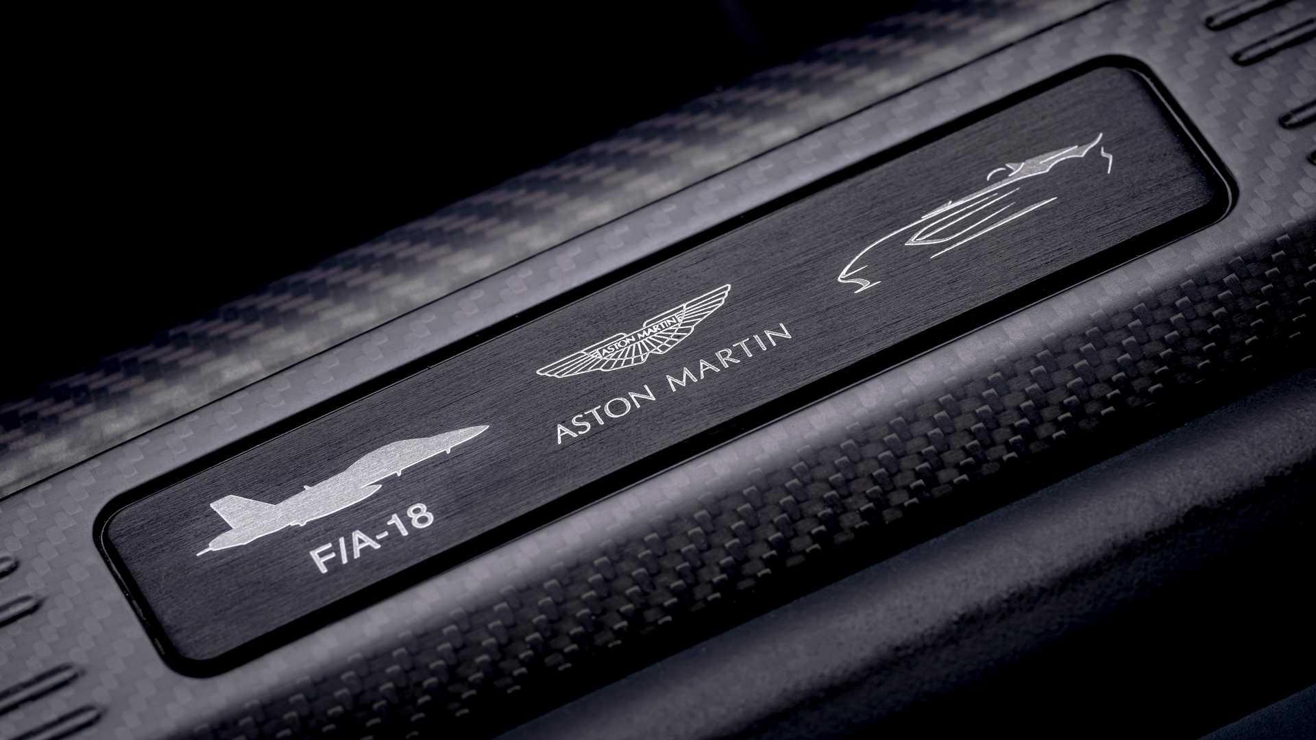 S0-aston-martin-devoile-la-v12-speedster-622501.jpg