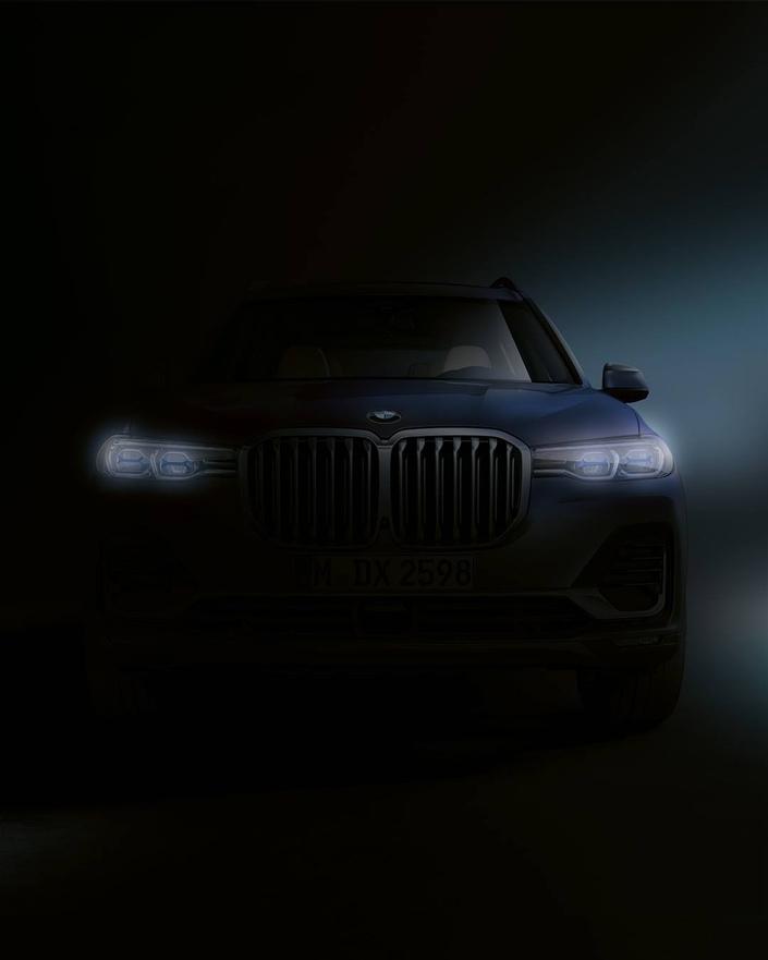 BMW dévoile une première image du X7