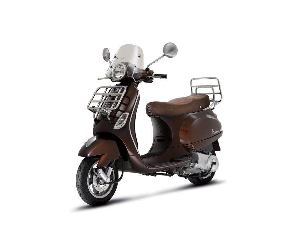 Nouveauté Scooter 125 cm3 : Vespa LXV Touring