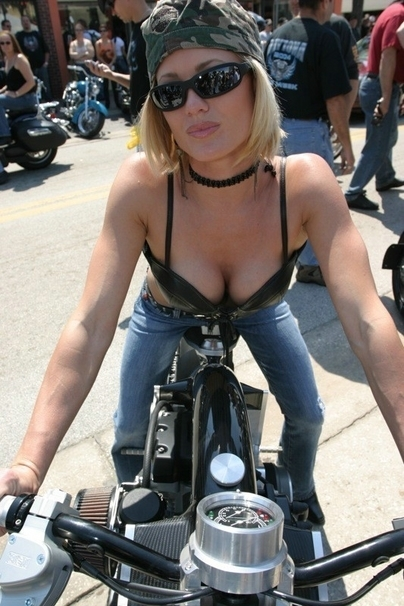 Moto & Sexy : Confederate Wraith, les diaboliques