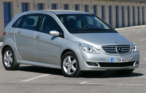 http://images.caradisiac.com/images/1/8/1/1/41811/S0-Mercedes-Classe-B-tremble-Scenic-161611.jpg