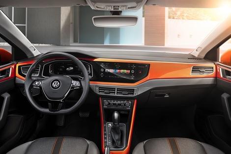 Pour les décors de la planche de bord, Volkswagen laissera le choix entre 13 couleurs.