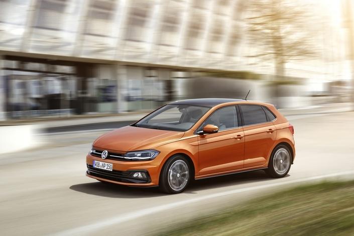 Premier match - Nouvelle Volkswagen Polo vs Renault Clio