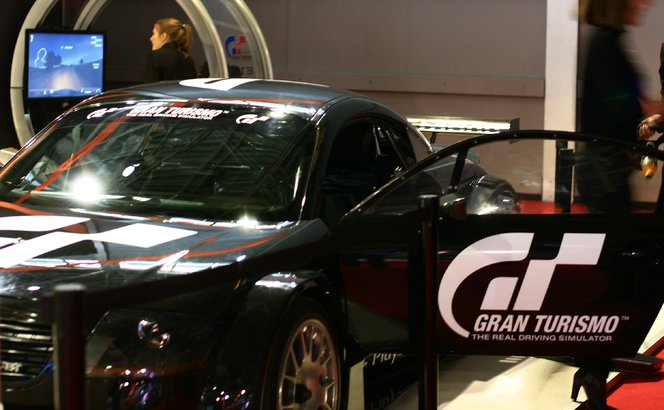 Gran Turismo 5 vedette virtuelle du mondial 2010