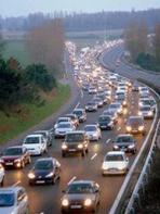 Depuis 2003, la mobilité des Français diminue sur la route