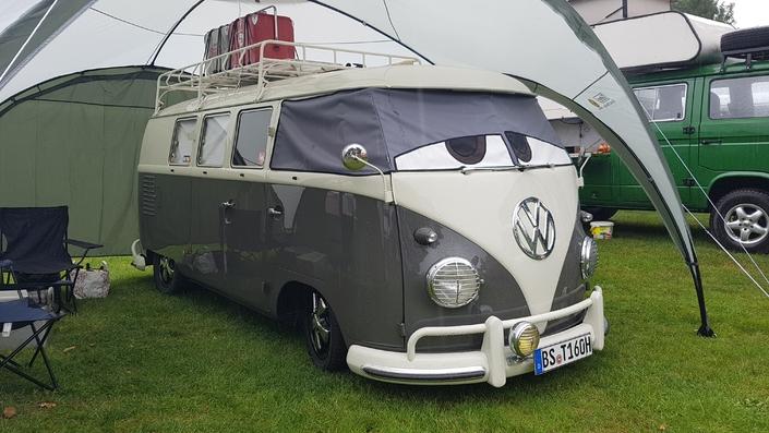 Bulli Summer Festival 2017 : le Volkswagen Combi est à la fête (reportage vidéo)