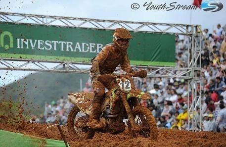 Motocross mondial au Brésil : MX 1, Xavier Boog  gagne une manche et Christophe  Pourcel le GP
