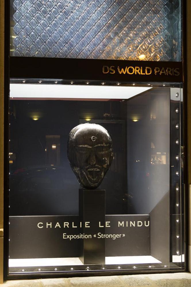 """Le DS World Paris présente l'exposition """"Stronger"""" de Charlie Le Mindu"""
