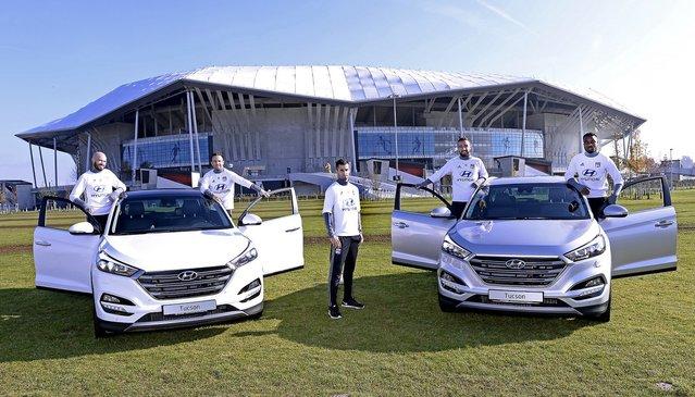 Des Hyundai Tucson pour les joueurs de l'Olympique Lyonnais