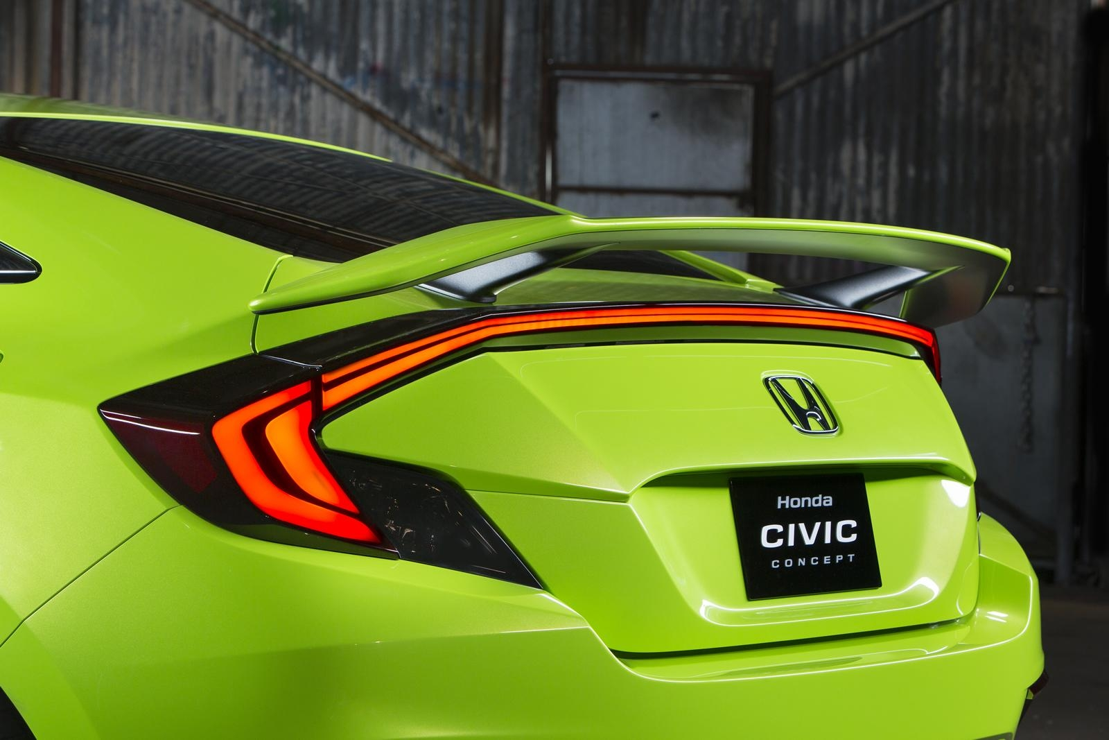 [Image: S0-Salon-de-New-York-Honda-Civic-Concept...349979.jpg]
