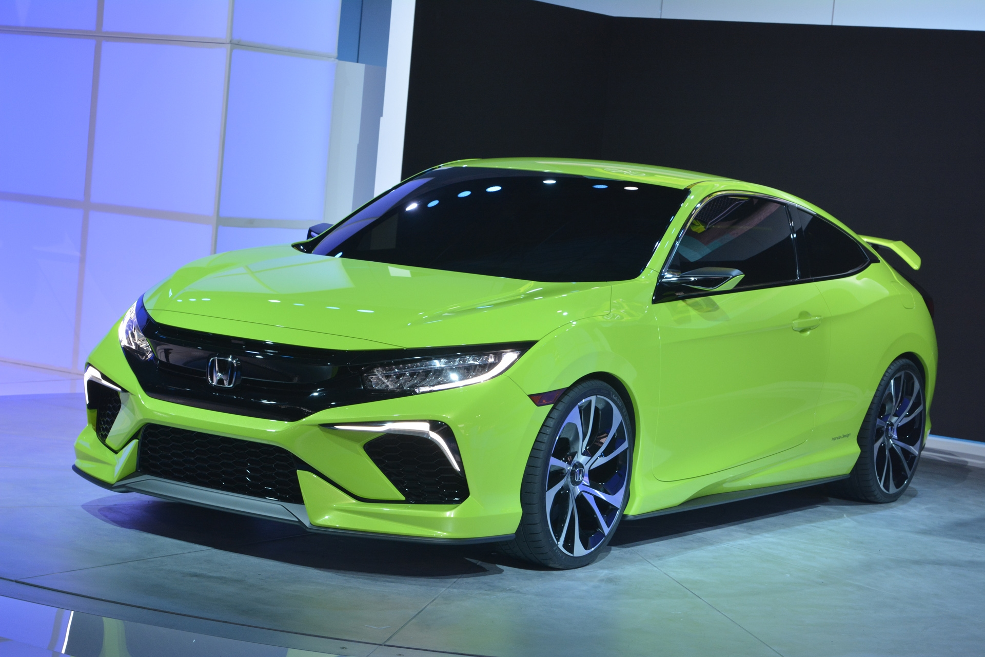[Image: S0-Salon-de-New-York-Honda-Civic-Concept...349992.jpg]