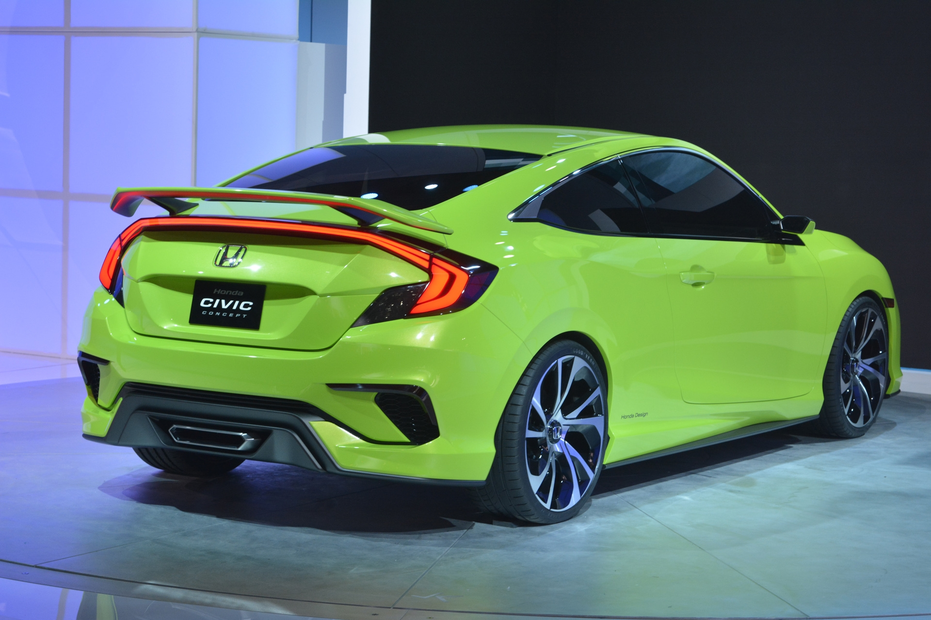 [Image: S0-Salon-de-New-York-Honda-Civic-Concept...349993.jpg]